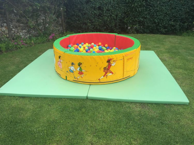Soft Play ROund Ball Pit Hire Canterbury, Whitstable, Herne Bay, Kent